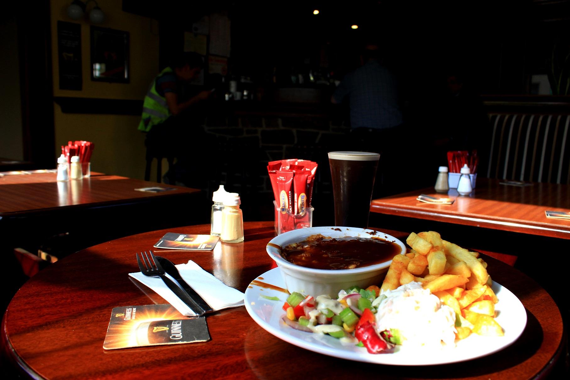 Milltown Larkin`s Pub